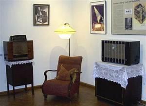 Stylische Bilder Wohnzimmer : wohnzimmer 40er komplettes wohnzimmer 40er 50er jahre gt puppenstube wohnungsrundgang ~ Sanjose-hotels-ca.com Haus und Dekorationen