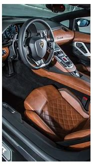 2018 Lamborghini Aventador S interior 03 - MotorTrend