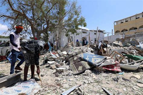 Spēcīgā sprādzienā Somālijas galvaspilsētā nogalināti seši ...