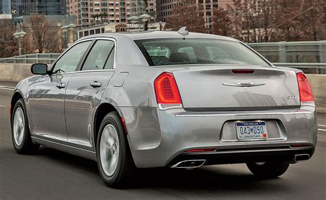 Changes Coming To Chrysler 300 Lineup In 2018
