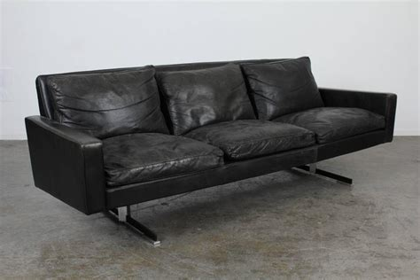 Mid Century Modern Sofa Legs by Mid Century Modern Black Leather Sofa With Chrome Legs At