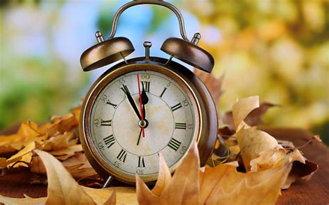 When Does Daylight Saving Time 2015 End? Change Your Clock