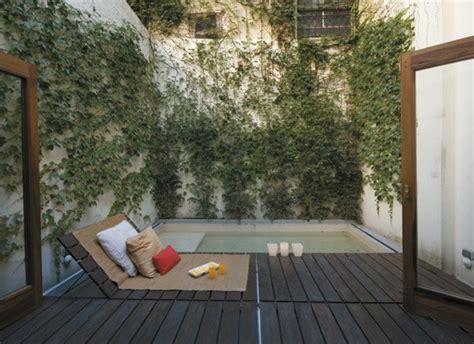 el encanto de un patio interior