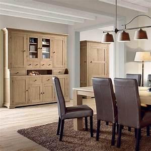 Buffet a l39esprit provencal deco mas de provence for Meuble salle À manger avec buffet salle À manger chene