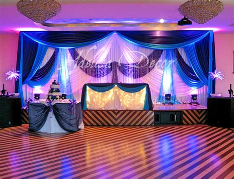 wedding reception backdrop lighting sweetheart table