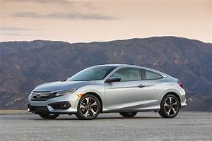 Honda Civic Coupé : 2017 civic sedan and coupe turbocharged and paired with 6 speed manual the news wheel ~ Medecine-chirurgie-esthetiques.com Avis de Voitures