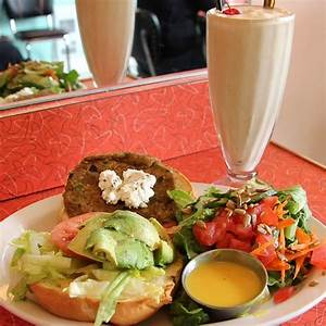 Metro Vancouver Lunch Rush: Lucy's Eastside Diner   To Die For