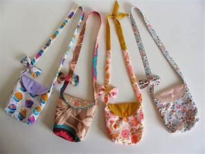 Petit Cadeau à Faire En Couture : orphyse id e cadeau pour petite fille tuto du sac et du noeud couture pinterest cadeaux ~ Melissatoandfro.com Idées de Décoration