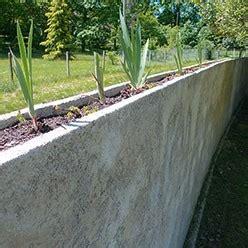 construire une mur courbe couronn 233 d une jardini 232 re