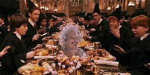 Warner Bros. hosting 'Harry Potter' Christmas dinner at ...