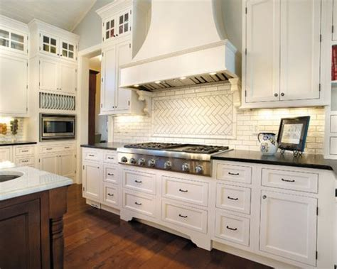 hardwood floor for kitchen marshmallow fieldstone cabinets ideas pictures 4150