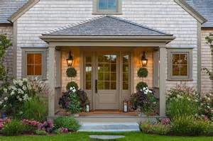 Colonial Front Porch Designs Gray Shingle House With Covered Porch Cottage Home Exterior