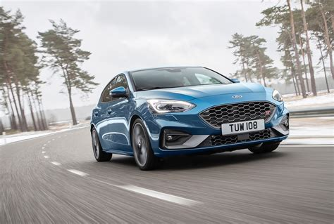 Neuer Ford Focus St by New Ford Focus St Debuts With 276 Horsepower Forbidden