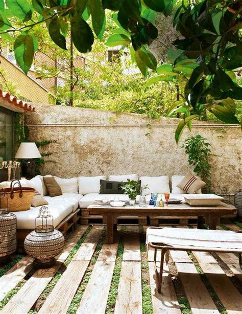 salon de jardin palette dunlopillo 50 idées originales pour fabriquer votre salon de jardin