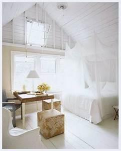 Weisse Betten Holz : 33 erstaunliche wei e himmelbett designs f r ihr schlafzimmer ~ Markanthonyermac.com Haus und Dekorationen