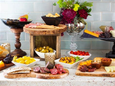 How To Host A Stock The Bar Wedding Shower Entertaining