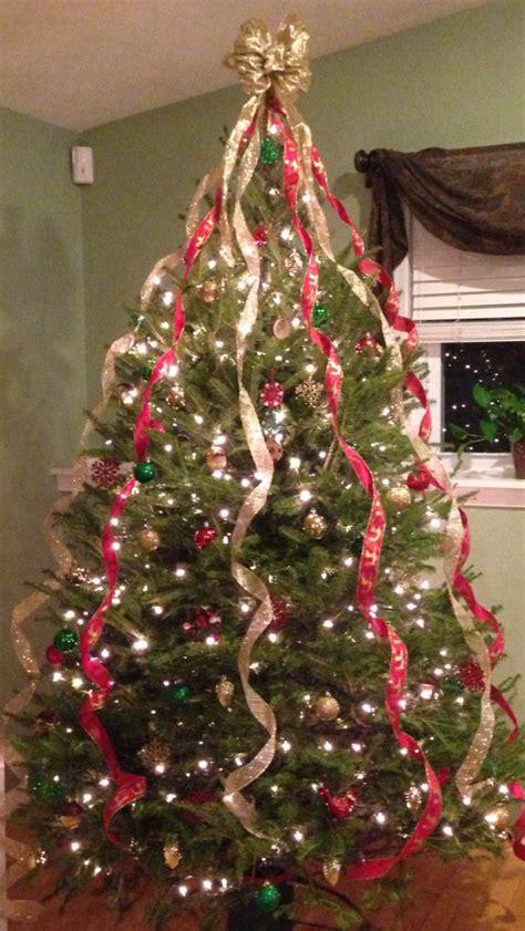 ribbons on christmas tree christmas stuff pinterest