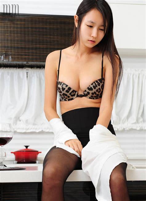 Seoh Yeon 서현 Makemodel Undressing Korean Teen — Page 2 Of 4 — Gravuregirlz
