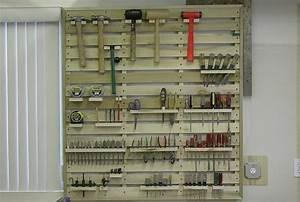 Rangement Outils Garage : palette de bois la star colo de nos espaces de vie modernes ~ Melissatoandfro.com Idées de Décoration