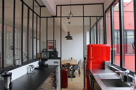 separation cuisine style atelier fenêtre d 39 atelier en séparation de cuisine salon