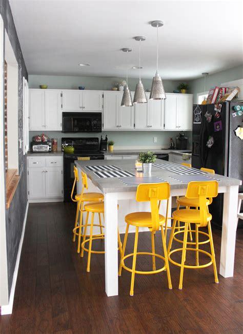 how to make a kitchen backsplash wilsonart pearl soapstone laminate img 8720blog utility 8735