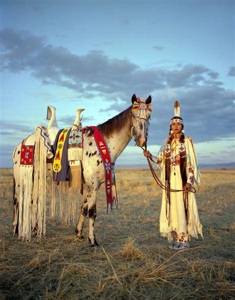 native american horse indian plains horses culture americans sky larsen role woman medicine erika america indigenous tribe appaloosa warriors lakota