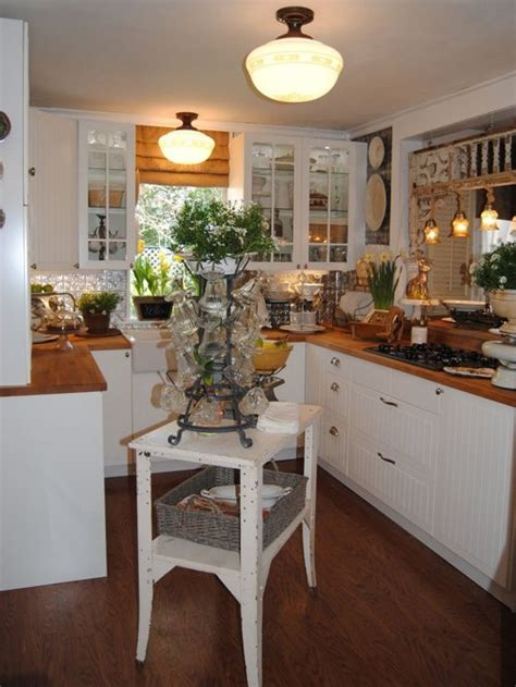 Small Cottage Kitchen Home Design Ideas, Pictures, Remodel