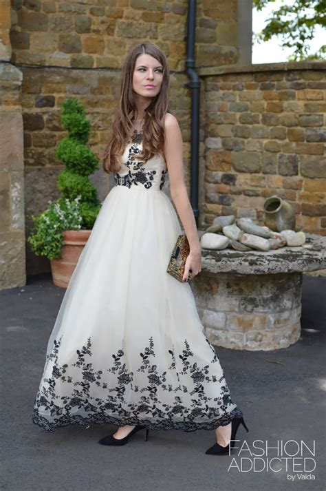 chi chi london maxi dress fashion addicted