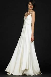 7 simple wedding dresses beautifull white wedding gown for Simple white wedding dress