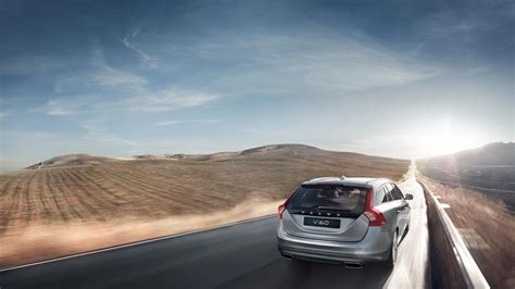 volvo highway volvo v60 highway driving photo on automoblog net
