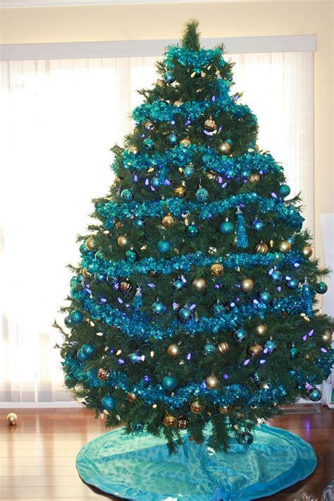 tree décor idea for 25th december adworks pk