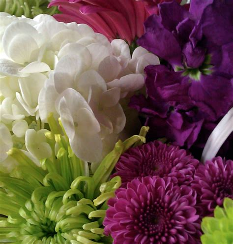 wedding flowers   making  happen sweetwater style
