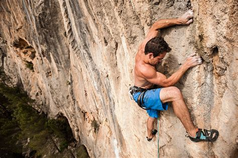 Performance Tips For Improving Climbing Movement