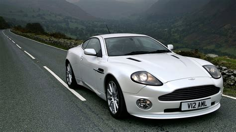 2005 Aston Martin Vanquish by 2005 Aston Martin Vanquish S Wallpapers Hd Images