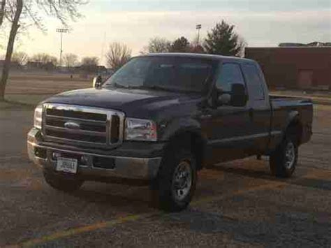 find   ford  xlt supercab    spd manual