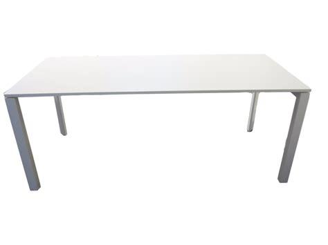 bureau multimedia blanc but bureau blanc bureau droit best lak blanc laqu bureaux