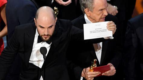 oscar 2017 bester oscar shocker moonlight wins best picture but only