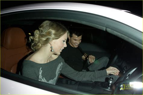 taylor swift taylor lautner steakhouse sweethearts