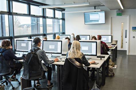 Study spaces & PC availability | Student Services | Loughborough University