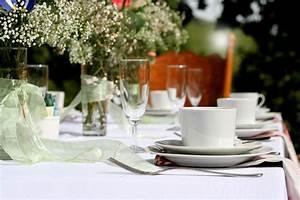 Festlich Gedeckter Tisch : ein festlich gedeckter tisch schultheiss wohnbau blog ~ Eleganceandgraceweddings.com Haus und Dekorationen