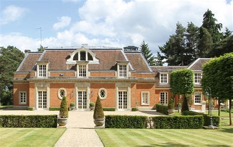 Perfect Properties For Guildford Commuters