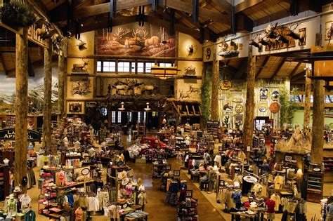Bass Pro Shop Boats Denver by Bass Pro Shops Outdoor World In Colorado Springs Salutes