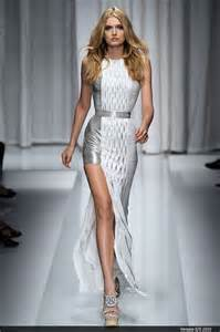 cat walk catwalk trend skirts dresses split to the thigh gt photo