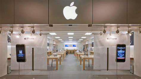 Apple Closing Green Hills, Nashville & Alderwood Mall