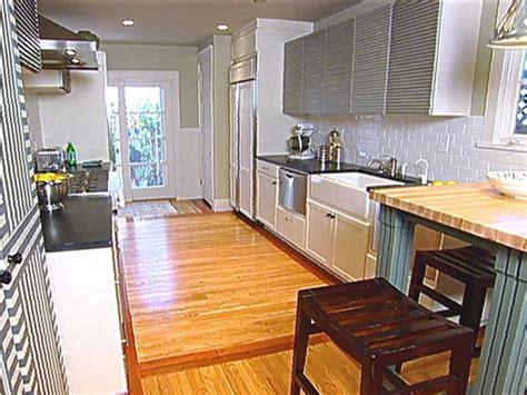 bungalow kitchen ideas 1920s kitchen flooring