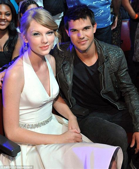 That's got to hurt! Taylor Swift 'puts all of her ex ...