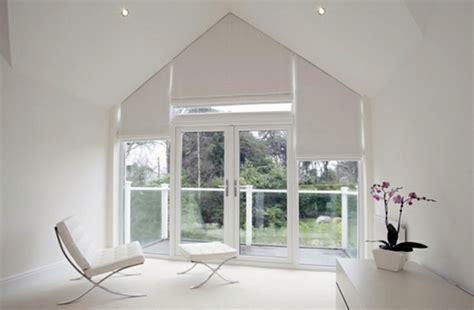 Triangular windows darken ? window blinds or window films