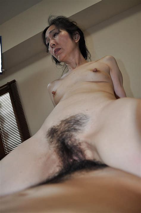 Mature Asian Slut Gives Head And Gets Her Shaggy Twat