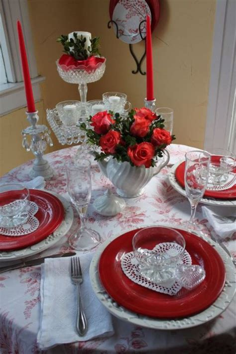 valentines table settings 54 chic valentine s day table settings comfydwelling com