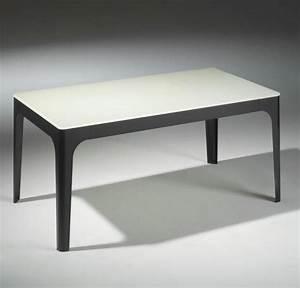 Table Basse Verre Et Acier : table basse mila en verre blanc et pietement en acier laque noir ~ Teatrodelosmanantiales.com Idées de Décoration